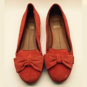 DOLCE VITA Orange Suede Leather Loafers Flats Bows